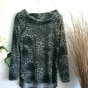 Stunning Cowl Neck, Leopard Look Size M Sweater